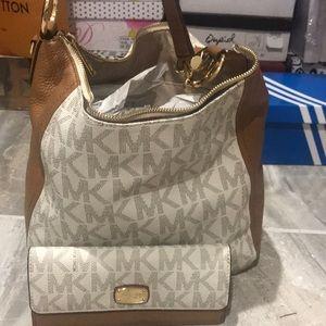MK matching wallet and purse set
